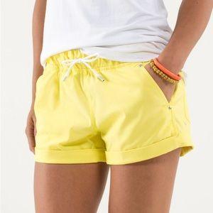 Lululemon Play All Day Shorts Size 4